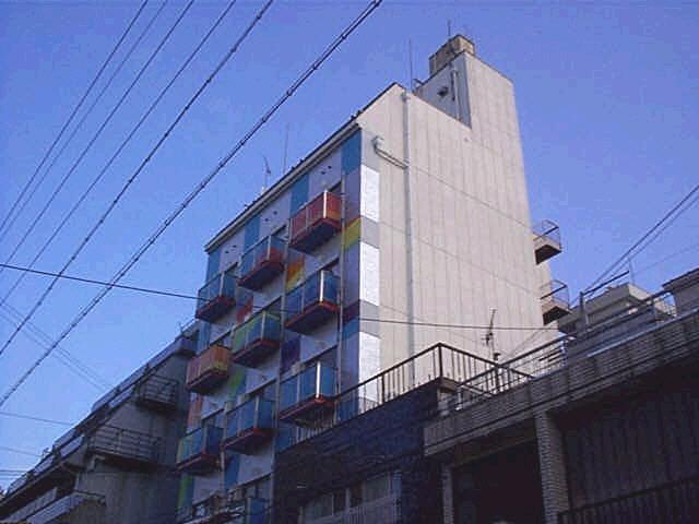 DSSビルアロチ 2階